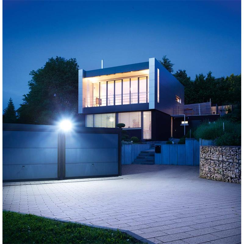 Steinel-LED-Strahler-XLED-Home-3-4000K-mit-Bewegungsmelder-verschiedene-Farben