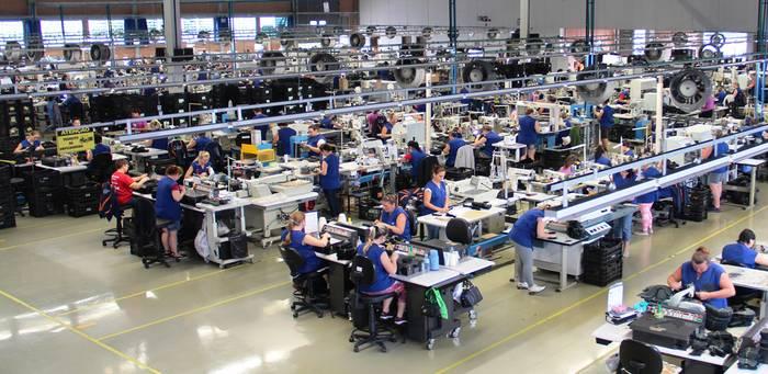Atlas Brasilien Montage Arbeitsplätze 2
